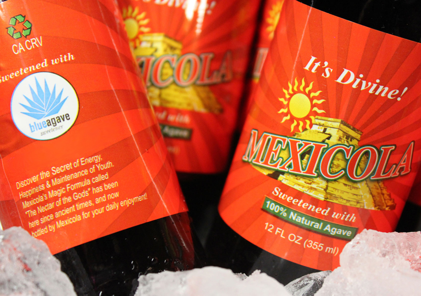 MEXICOLA - The Refreshing Cola Drink